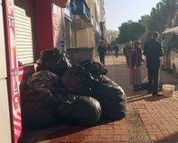 CHP'li belediye çöpleri toplamad�