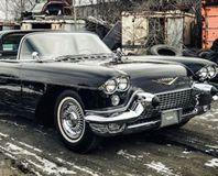 Hurda klasik otomobilleri 100 bin liraya yenileniyor