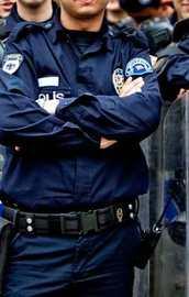 18 polis görevden uzaklaştırıldı