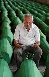 Srebrenitsa soykırımı için karar çıktı
