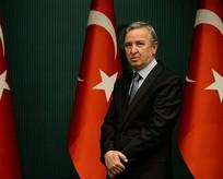 Erdoğanın başdanışmanı adaylık için istifa etti