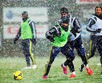 Fenerbahçeye kar engel olamadı