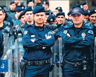 Polislikte yaş sınırı artık 30