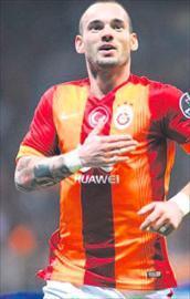 Sneijder sonunda imzayı attı