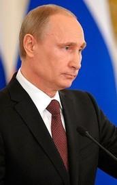 Putin maaşları düşürdü