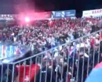 Türk bayrağını görünce kudurdular!
