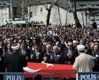 Cenazeye muhalefet liderleri katılmadı