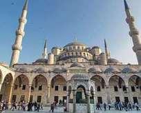 Neden 6 tane minaresi var?
