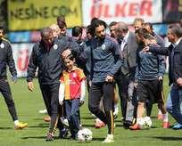 Şehit Kirazın oğlu Galatasaray idmanında