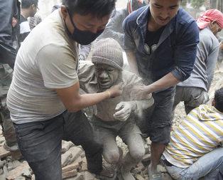 Nepalde bilanço ağırlaşıyor