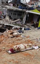Nepaldeki depremin yeni görüntüleri