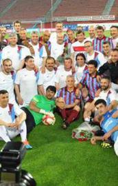 Başbakan Davutoğlundan hat-trick