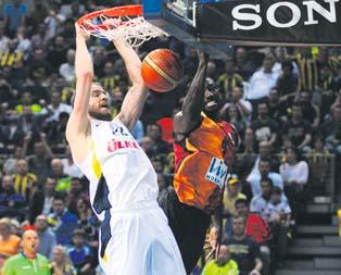 Fenerbahçe ezdi geçti!