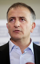 Latif Erdoğanı Dumanlı hedef gösterdi