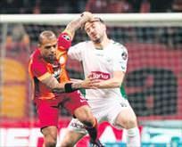 Felipe Melo yine gözüne Kartalı kestirdi