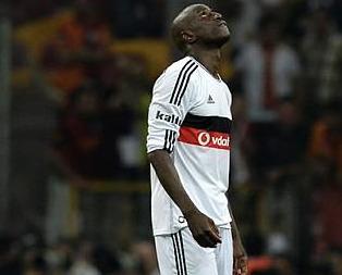 Beşiktaşlı taraftarlardan futbolculara tepki