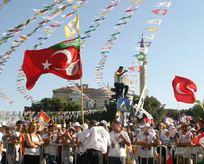 HDPnin bayrak oyunu!