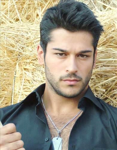 Покпзать Видео Вурак Актер В Турции