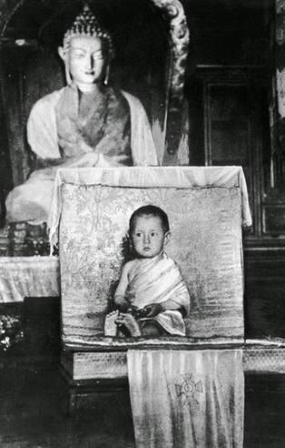 İşte ünlü isimlerin çocukluk fotoğrafları
