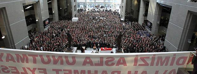 Şehit Savcı Mehmet Selim Kiraz'ın cenaze töreninden kareler