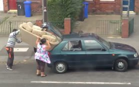 Kanepeyi arabaya s��d�rmak