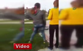 K�zlar kavga etti, erkekler kameraya çekti!