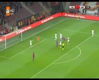 Seçuk İnan bu kez de penaltıdan attı!