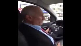 Bu taksici kaç dil biliyor