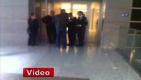 Yasa Dışı örgüt üyeleri savcı odasına girdi - 3