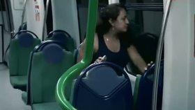 Metroda'da korkunç zombi şakası