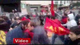 Taksim'e çıkan TKP'li gruba polis müdahalesi!