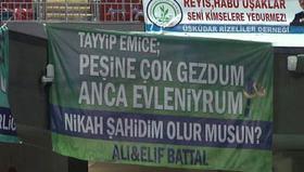 Cumhurbaşkanı Erdoğan'a ilginç pankart desteği