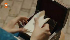 Feride annesinin mektubunu okudu