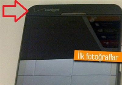 BlackBerry 10 foto�raflar� s�zmaya ba�lad�