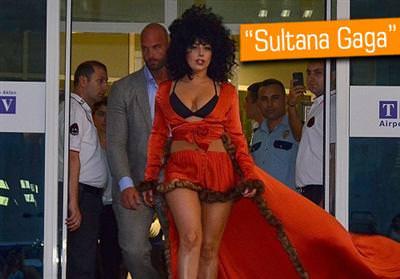 Lady Gaga'nin �stanbul'a geli�i sosyal medyay�y� hareketlendirdi
