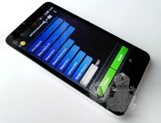 Sony xperia e4 - c2