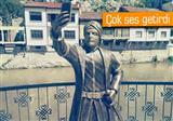 Amasya'daki selfie �eken �ehzade heykeli sosyal medyay� sallad�