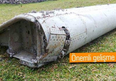 Kay�p u�ak MH370'in kanad� ortaya ��kt�!