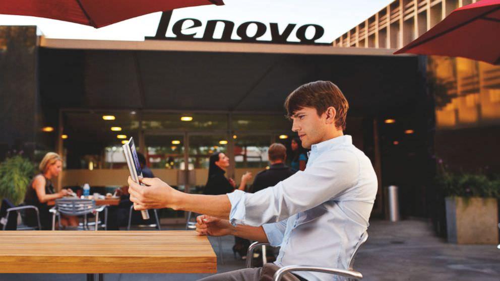 Ashton Kutcher Lenovo i�in kamera kar��s�nda