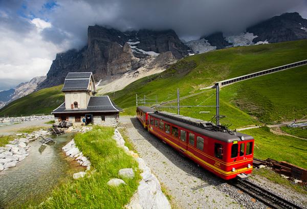 Jungfrau demiryolu: Bir m�hendislik mucizesi