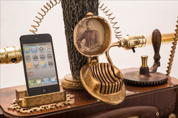 iPhone ve Android i�in steampunk gramafon