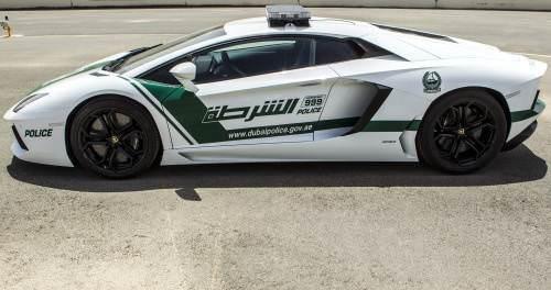 ��te Dubai polisinin garaj�ndaki t�m otomobiller
