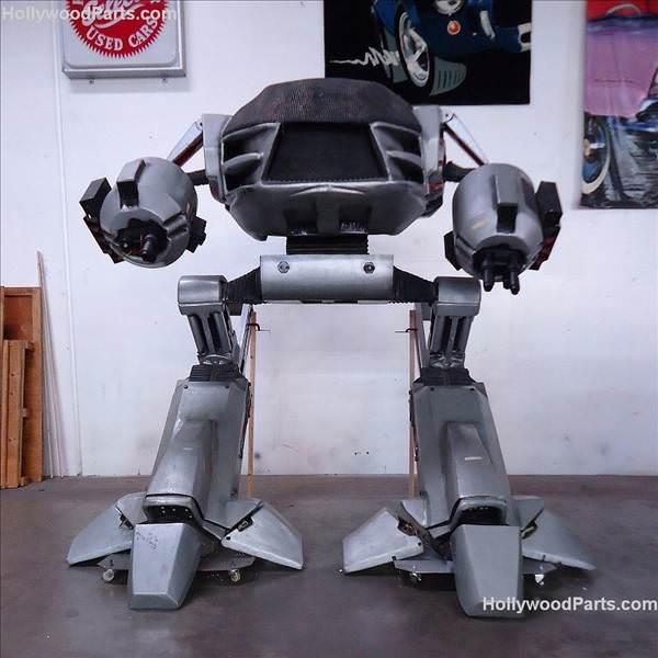 RoboCop'taki ED-209 model robota sahip olmak ister misiniz?