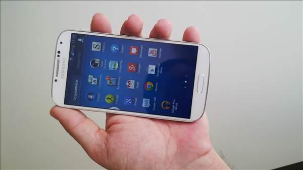 Samsung Galaxy S4 foto�raflar�