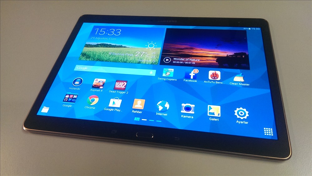 Samsung Galaxy Tab S 10.5'in foto�raflar�