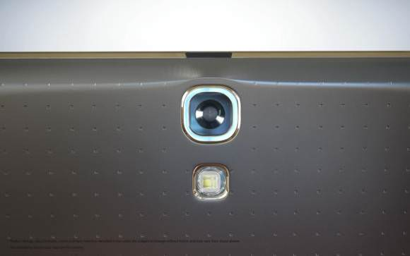Samsung Galaxy Tab S'in yepyeni foto�raflar�