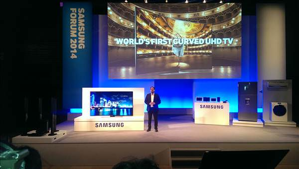 Samsung'un yeni �r�nleri Samsung MENA Forum'da g�r�c�ye ��kt�