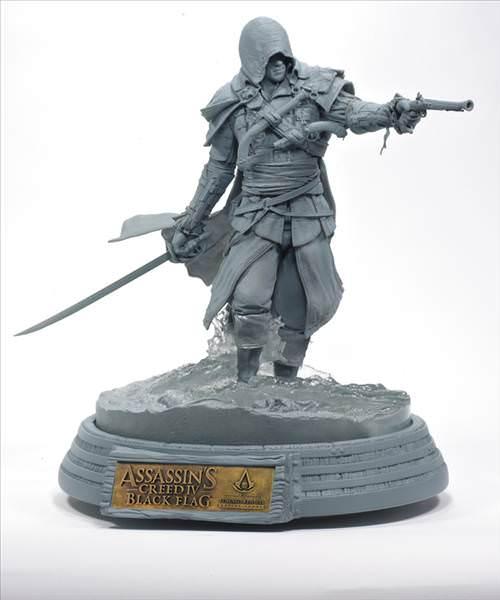 S�n�rl� say�da �retilen �zel Assassin's Creed IV heykeli ister misiniz?