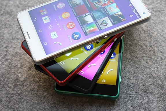 Sony Xperia Z3 Compact'�n foto�raflar� ve �zellikleri