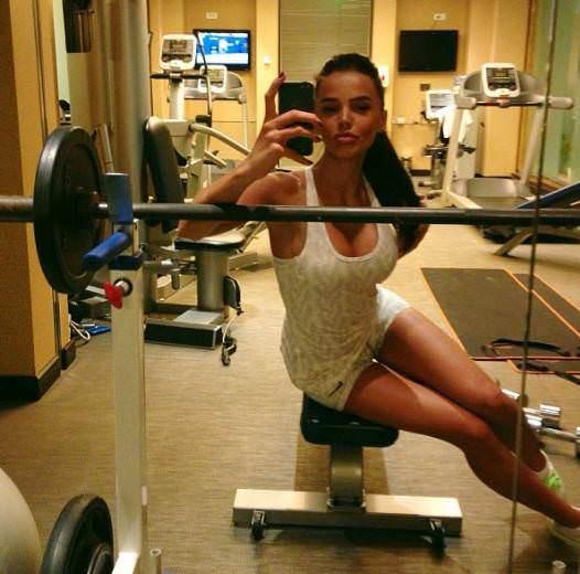 Spor salonlar�nda selfie ��lg�nl���